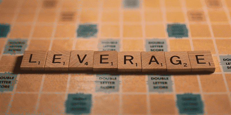 Leverage, text on the playing field